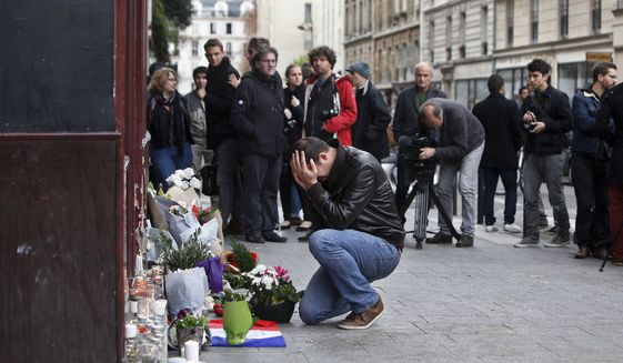 APTOPIX_France_Paris_Attacks.JPEG-000ab_c0-352-4200-2800_s561x327